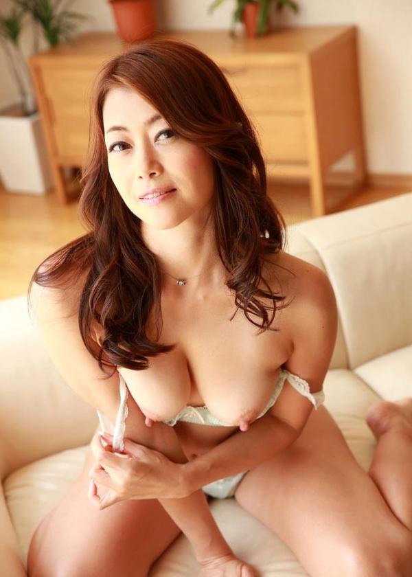 北条麻妃 妖艶な美熟女の濃密セックス画像77枚のb29番