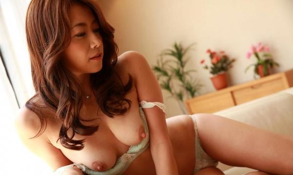 北条麻妃 妖艶な美熟女の濃密セックス画像77枚のb30番