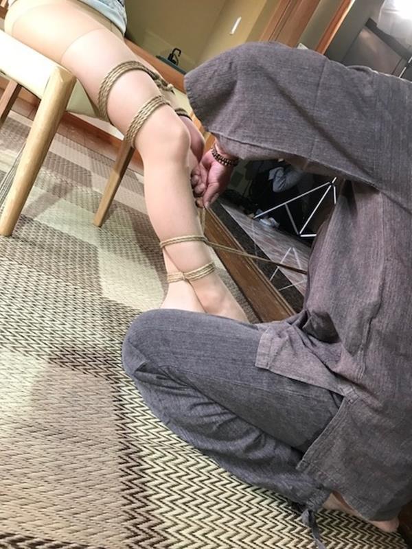 美熟女北条麻紀さん巨匠緊縛師に縛られて感激する【画像50枚】の13枚目