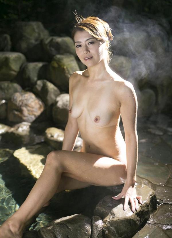 美熟女 北条麻妃のまんチラの誘惑 熟成された女のカラダエロ画像60枚のb011枚目