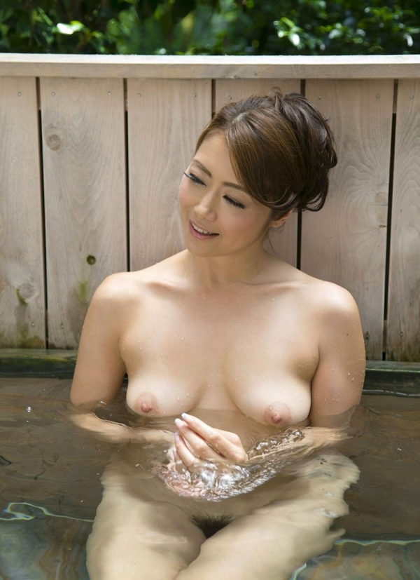 美熟女の入浴シーン 北条麻妃 しっとりエロ画像70枚の062枚目