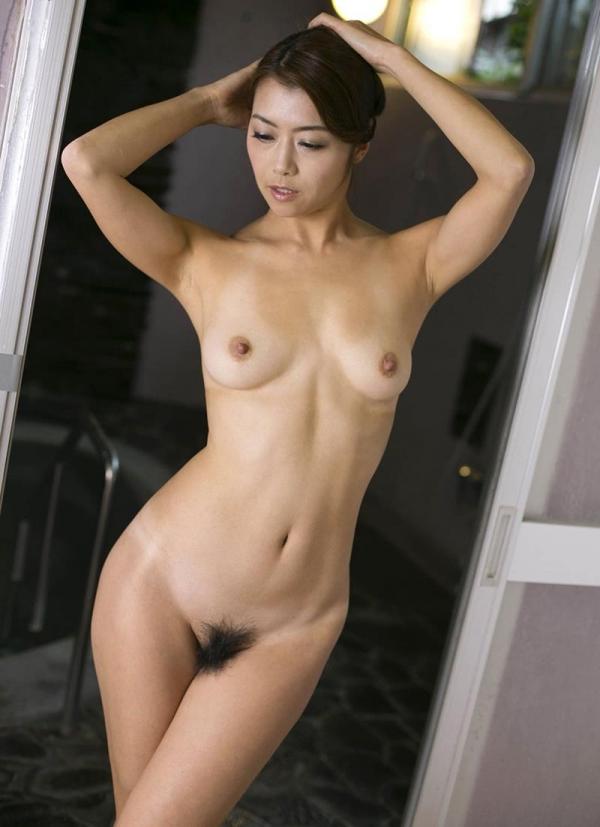 熟女の入浴画像 北条麻妃さん、しっとりと温泉入浴中68枚のb09枚目