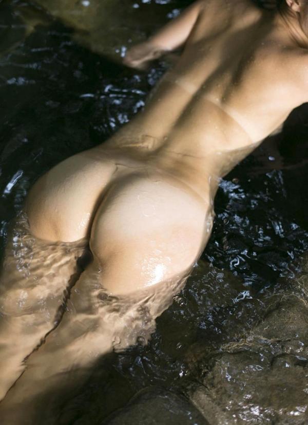 熟女の入浴画像 北条麻妃さん、しっとりと温泉入浴中68枚のb17枚目