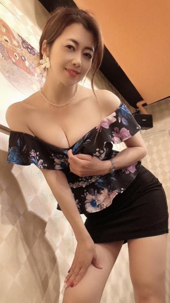 北条麻妃 妖艶な四十路のスレンダー美熟女エロ画像の12枚目