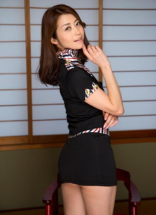北条麻妃 妖艶な四十路のスレンダー美熟女エロ画像の20枚目