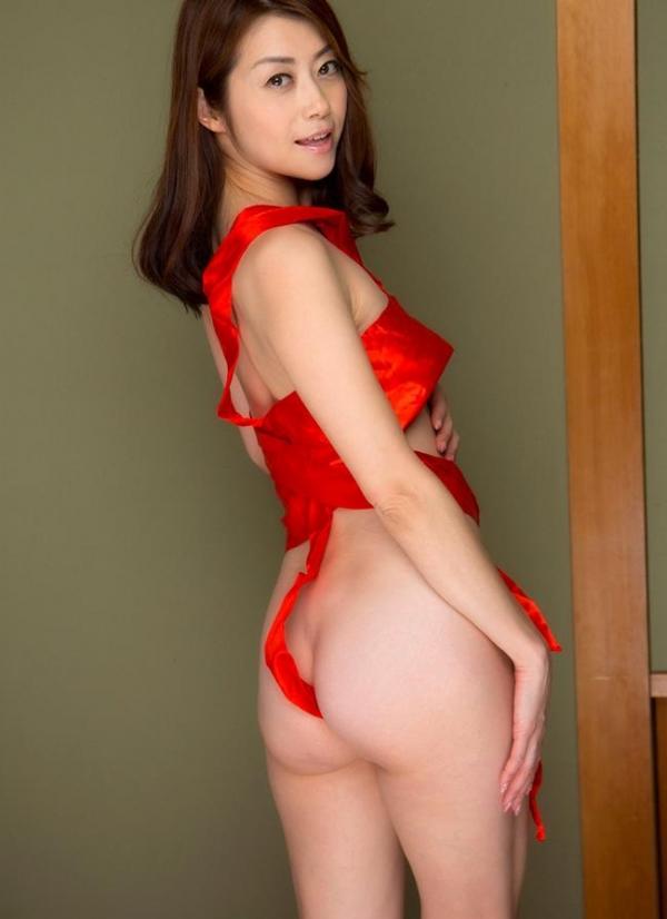 北条麻妃 妖艶な四十路のスレンダー美熟女エロ画像の29枚目