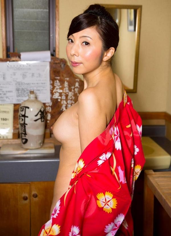 一条綺美香(いちじょうきみか)オールヌード 美熟女入浴画像38枚の002枚目