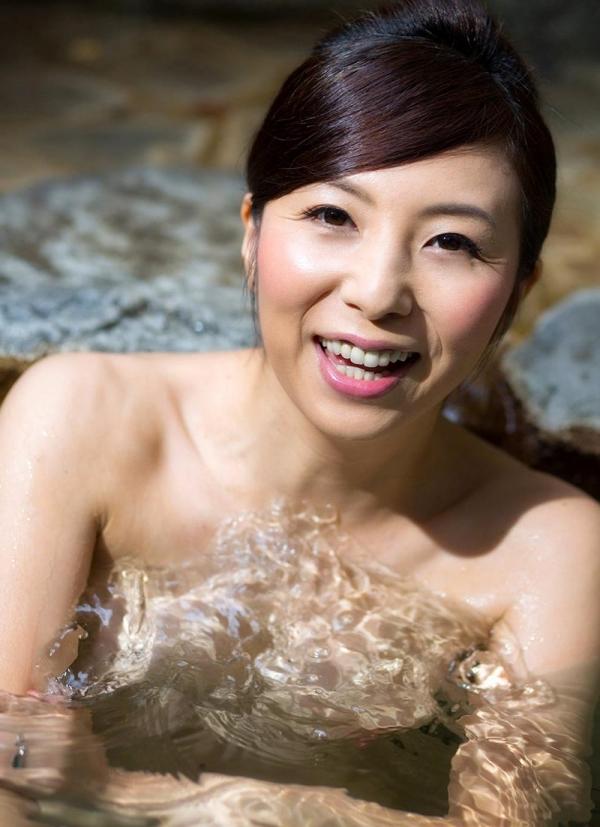 美熟女入浴画像 妖艶アラフィフ一条綺美香60枚の009枚目