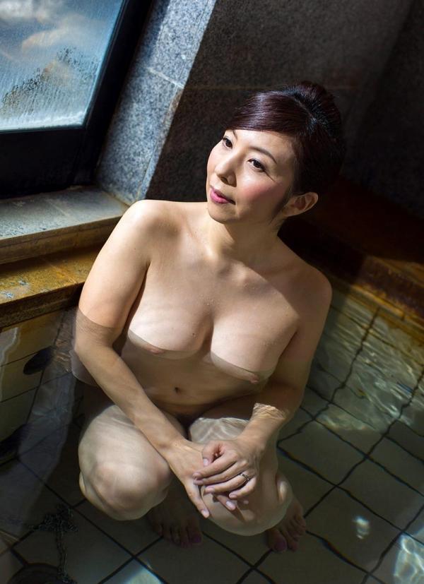 美熟女入浴画像 妖艶アラフィフ一条綺美香60枚の020枚目