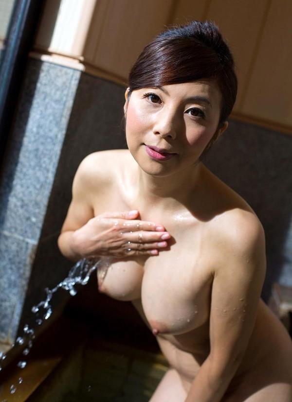 美熟女入浴画像 妖艶アラフィフ一条綺美香60枚の023枚目