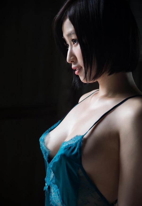 今永さな 美巨乳の艶やか美人ヌード画像120枚の024枚目