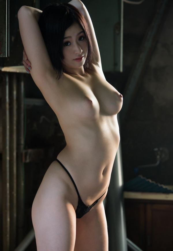今永さな 美巨乳の艶やか美人ヌード画像120枚の102枚目