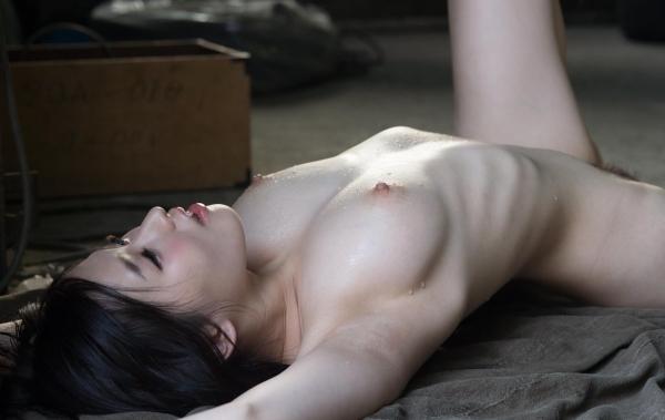 今永さな 美巨乳の艶やか美人ヌード画像120枚の117枚目