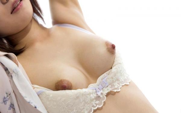 色白ヌード 透き通る様に白い美肌の女体画像60枚の031枚目