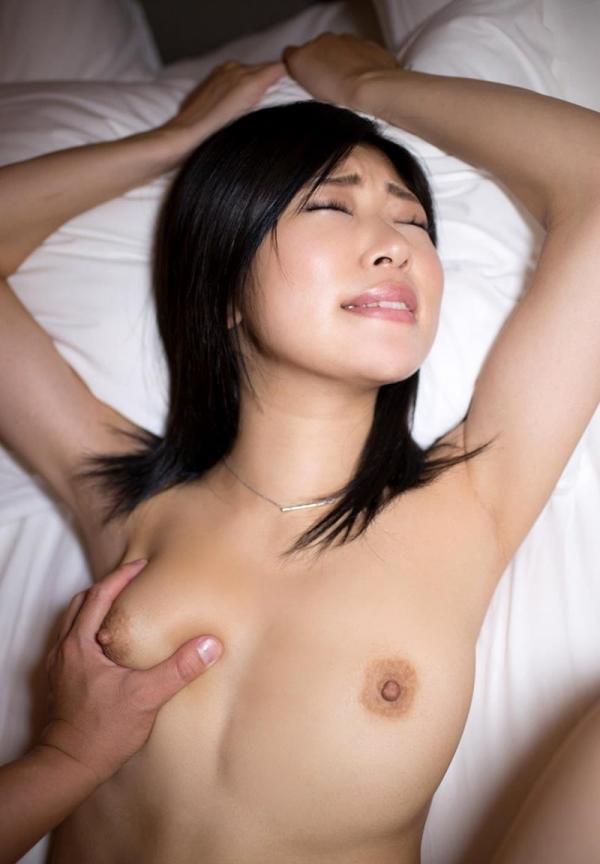 石川祐奈 スレンダー巨乳美女セックス画像122枚のb101枚目