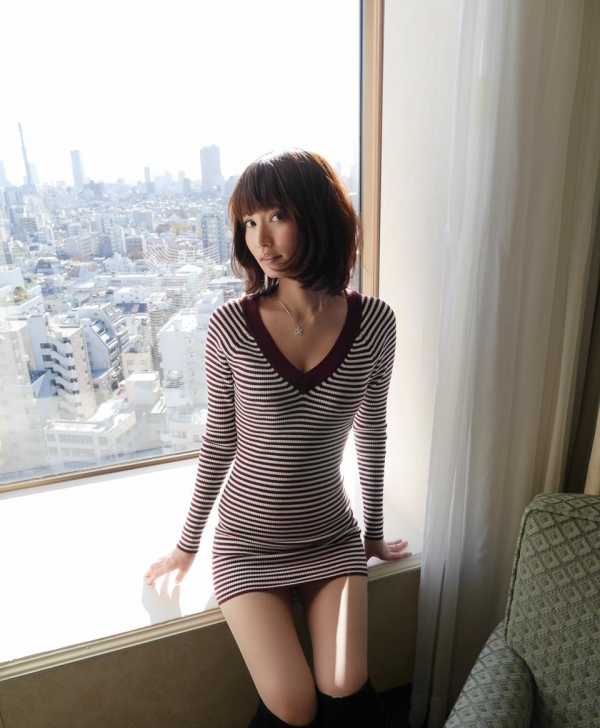 一色里桜 上向き美乳の美女セックス画像100枚の025