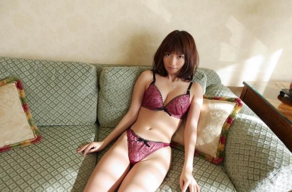 一色里桜 上向き美乳の美女セックス画像100枚の040