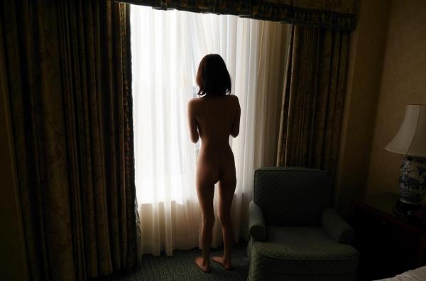 一色里桜 上向き美乳の美女セックス画像100枚の055