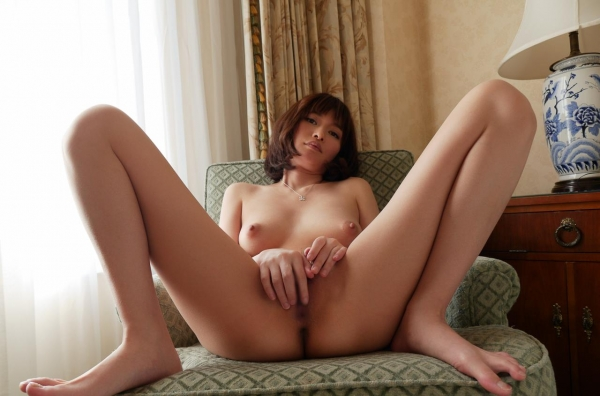 一色里桜 上向き美乳の美女セックス画像100枚の059