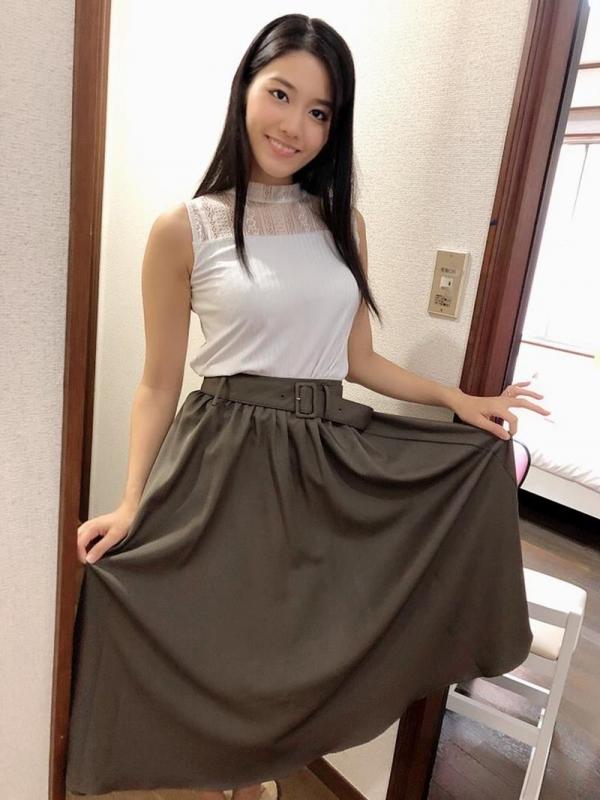 神宮寺ナオ 元女子アナ志望の巨乳美女エロ画像41枚のa05枚目