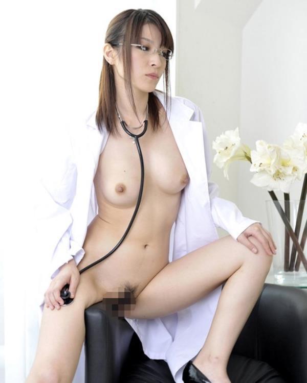 美人女医が淫らな雌になり誘惑するエロ画像110枚の043枚目