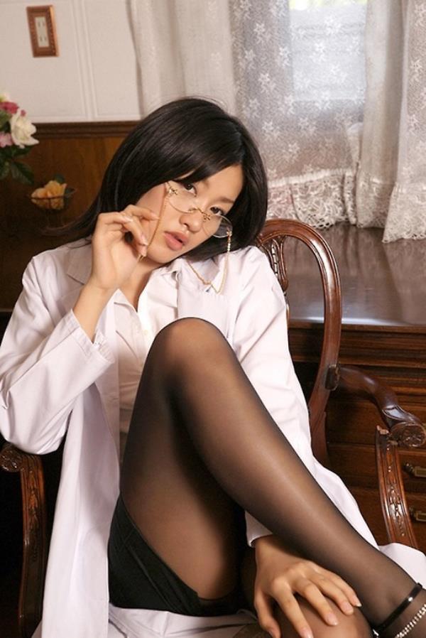 美人女医が淫らな雌になり誘惑するエロ画像110枚の091枚目