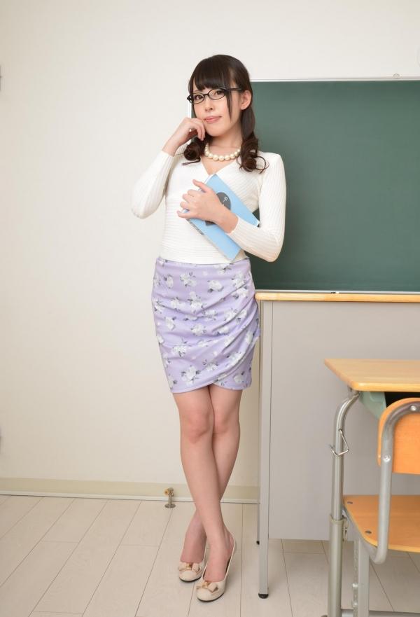 女教師エロ画像 美人先生が教室でHな誘惑90枚の001枚目