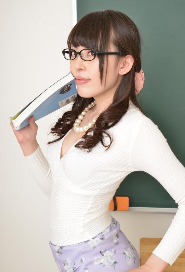 女教師エロ画像 美人先生が教室でHな誘惑90枚の004枚目