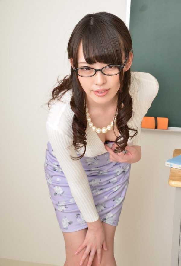 女教師 エロ画像 011