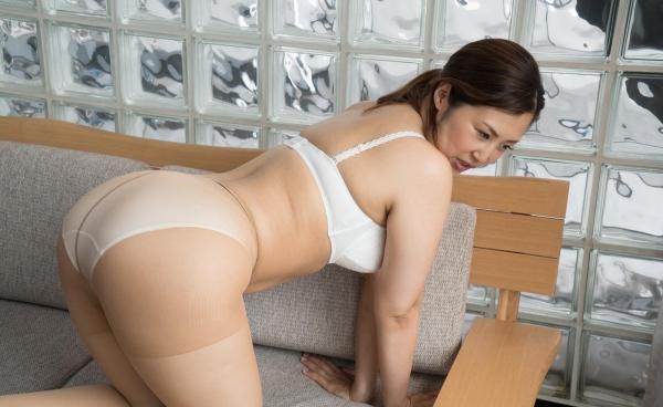 熟女のセックス画像142枚の005枚目