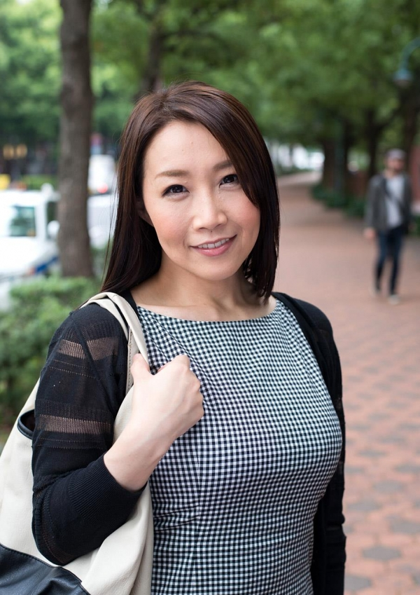 内田美奈子 豊満な巨乳熟女セックス画像100枚の012枚目