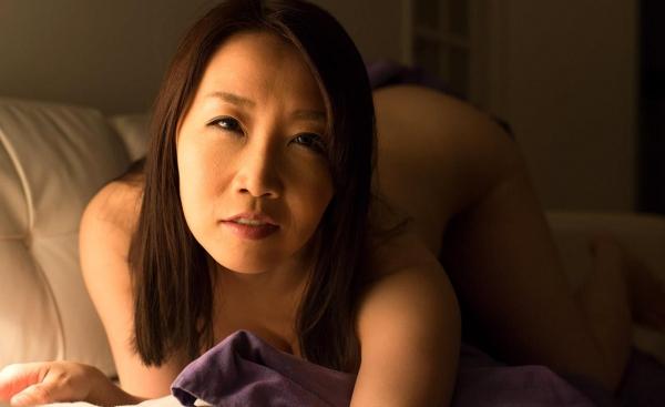 内田美奈子 豊満な巨乳熟女セックス画像100枚の028枚目