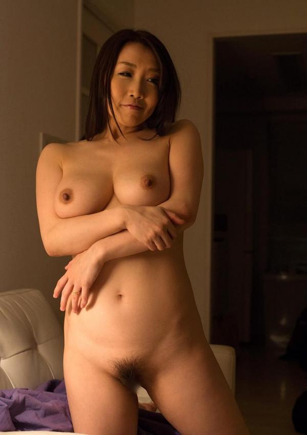 内田美奈子 豊満な巨乳熟女セックス画像100枚の030枚目