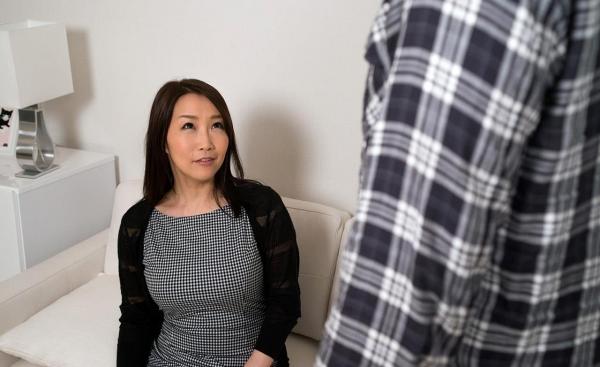 内田美奈子 豊満な巨乳熟女セックス画像100枚の032枚目