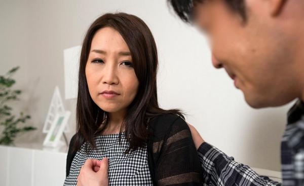 内田美奈子 豊満な巨乳熟女セックス画像100枚の033枚目