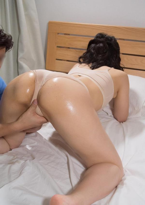 四十路熟女 巨乳でむっちりボディの淫乱マダムエロ画像70枚の013枚目