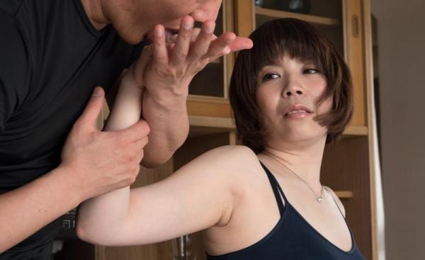 四十路熟女 巨乳でむっちりボディの淫乱マダムエロ画像70枚の062枚目