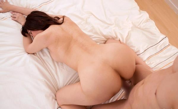 熟女の体に精液をドクドクぶっかけてる射精画像45枚の19枚目