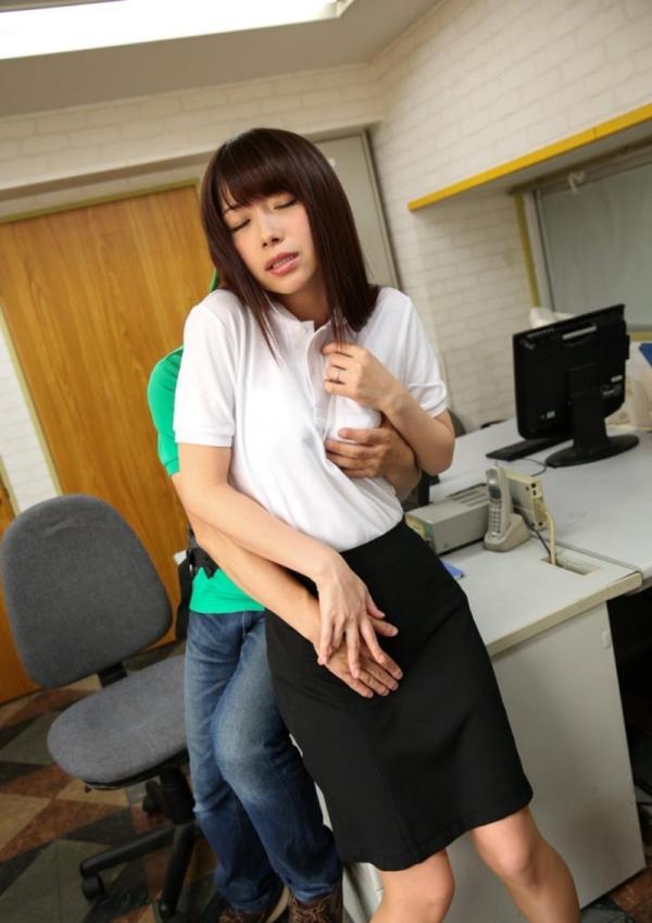 加藤ツバキ 三十路の細身妻 熟女のセックス画像110枚の024枚目