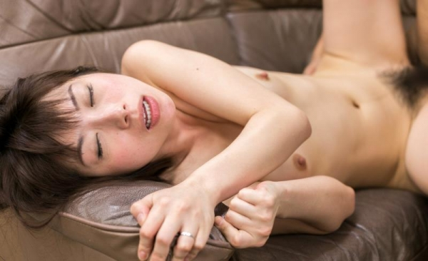 加藤ツバキ 三十路の細身妻 熟女のセックス画像110枚の068枚目