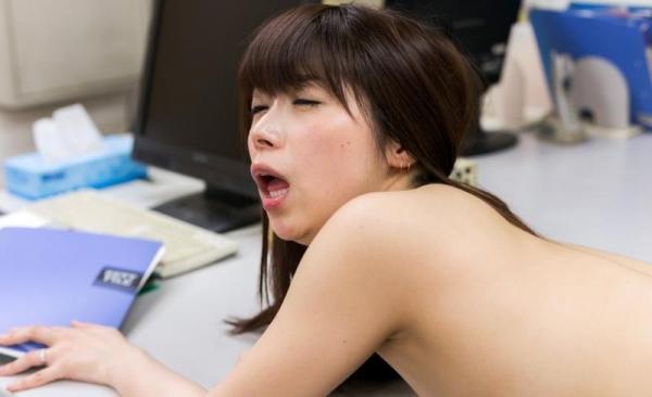 加藤ツバキ 三十路の細身妻 熟女のセックス画像110枚の086枚目