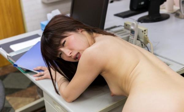 加藤ツバキ 三十路の細身妻 熟女のセックス画像110枚の092枚目