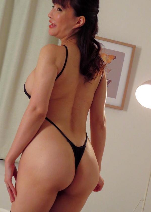 熟女エロ画像 四十路の巨乳妻のセックス春花No2の046枚目