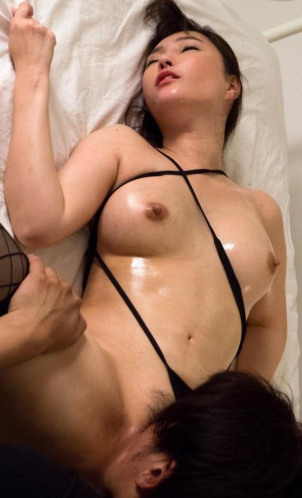 熟女エロ画像 四十路の巨乳妻のセックス春花No2の093枚目