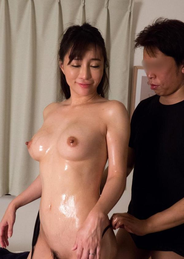熟女エロ画像 四十路の巨乳妻のセックス春花No2の094枚目