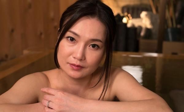 熟女エロ画像 欲求不満の四十路人妻美麗110枚の024枚目
