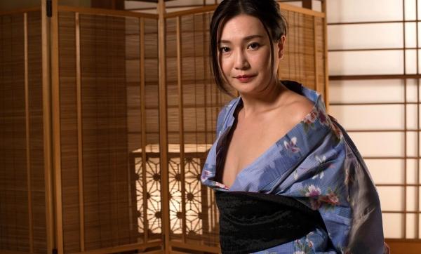 熟女セックス画像 浴衣の妖艶な四十路妻美麗の12枚目