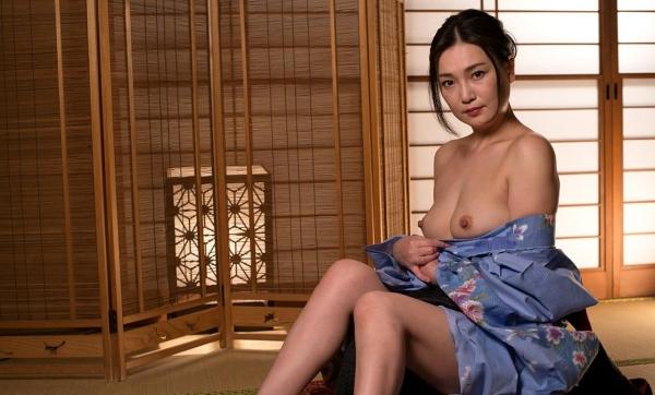 熟女セックス画像 浴衣の妖艶な四十路妻美麗の17枚目