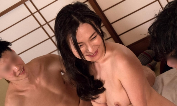 熟女セックス画像 浴衣の妖艶な四十路妻美麗の83枚目