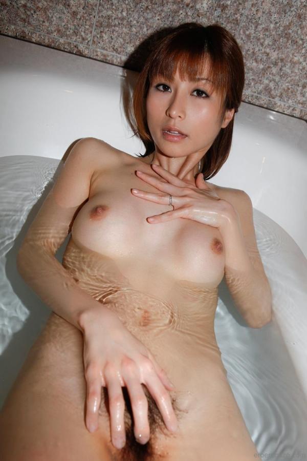 熟女系AV女優 妖艶美女の全裸ヌード画像120枚の001枚目